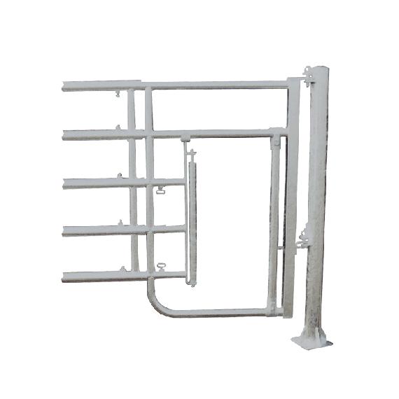 Barrière de stabulation 5 tubes passage à veaux avant