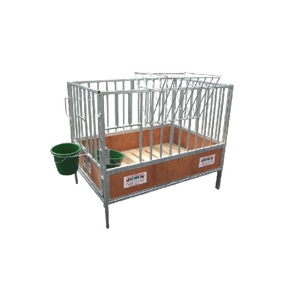 Cage à veau galvanisée avec bois