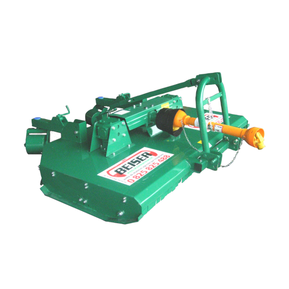 Girobroyeur 2 rotors 8 couteaux largeur 3m avec 2 renvois avec relevage hydraulique
