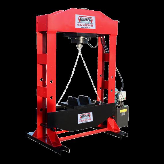 Presse d'atelier hydro-électrique 150 tonnes