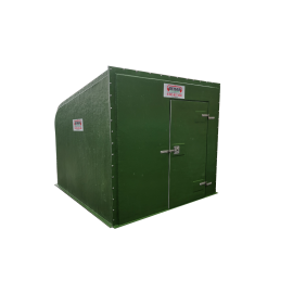 Polyester box with 3 m barrier door with PVC duckboard