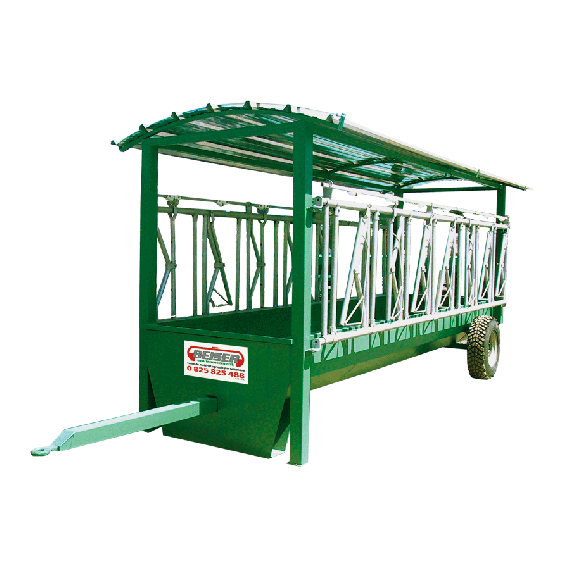 Self-looking feed front trough on wheels - 5 x 1,30 m