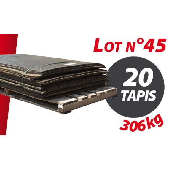 Palette N°45 (306kg) de 20 tapis caoutchouc d'occasion Qingdao type caillebotis 1.54m x 1.02m pour ensilage