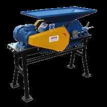 Getreidequetsche 1500 kg/h mit 2 angetriebenen Walzen