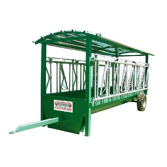 Futtertrog mit Fressgitter auf Rädern, 6 x 1,30 m